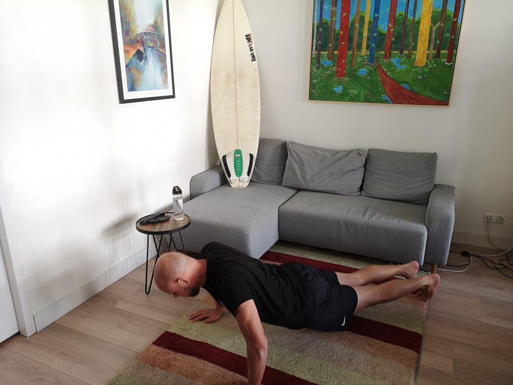 SurfaWhile Fitness push-up down