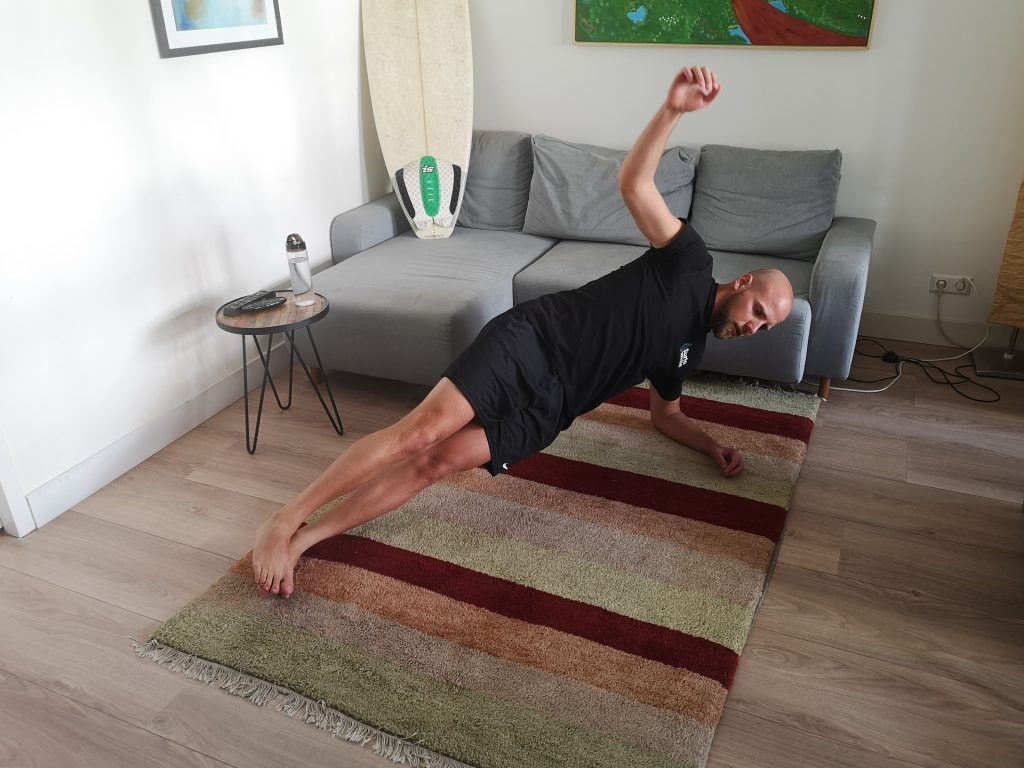 SurfaWhile Fitness Side Plank up
